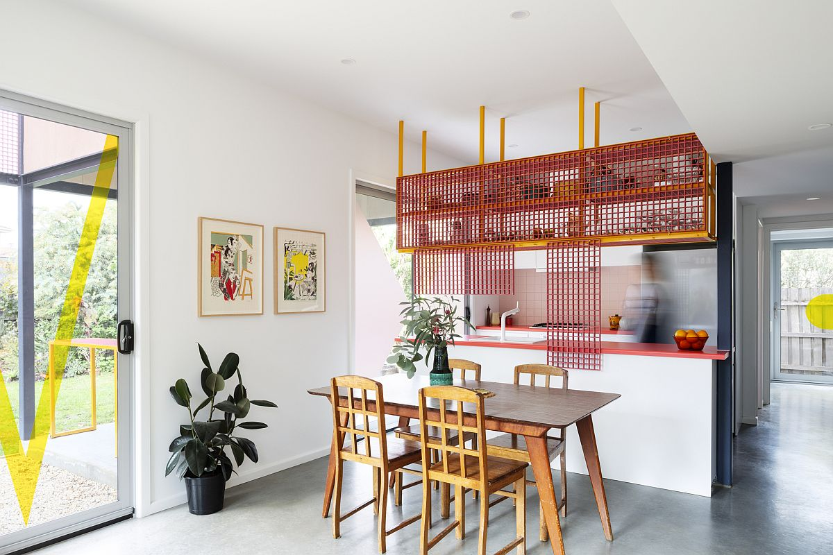 Beautiful-lattice-structure-used-for-the-pergola-also-becomes-a-part-of-the-kitchen-with-colorful-charm-61664
