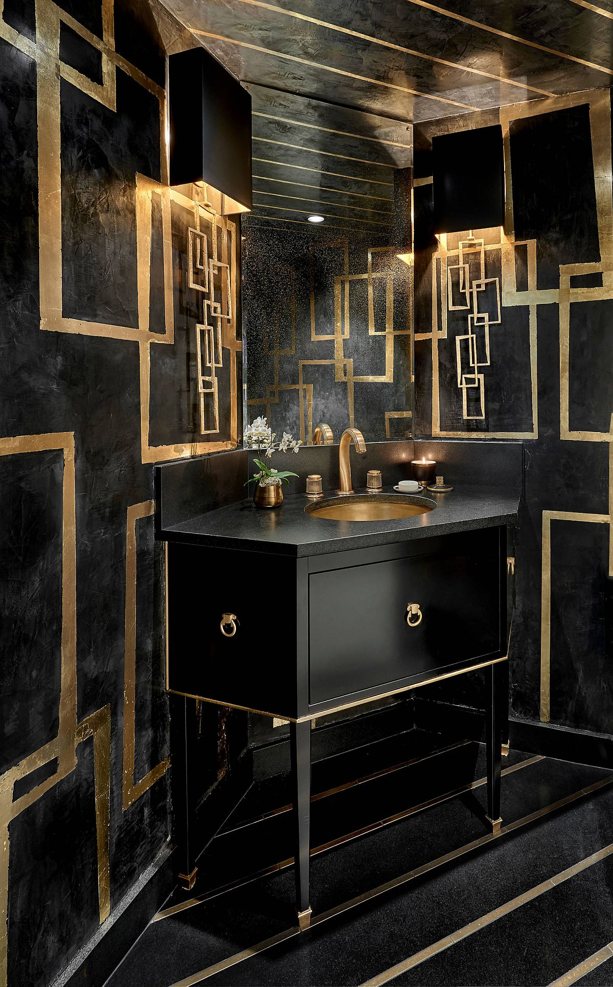 Black coupled with gold makes for a scintillating combination in the contemporary powder room