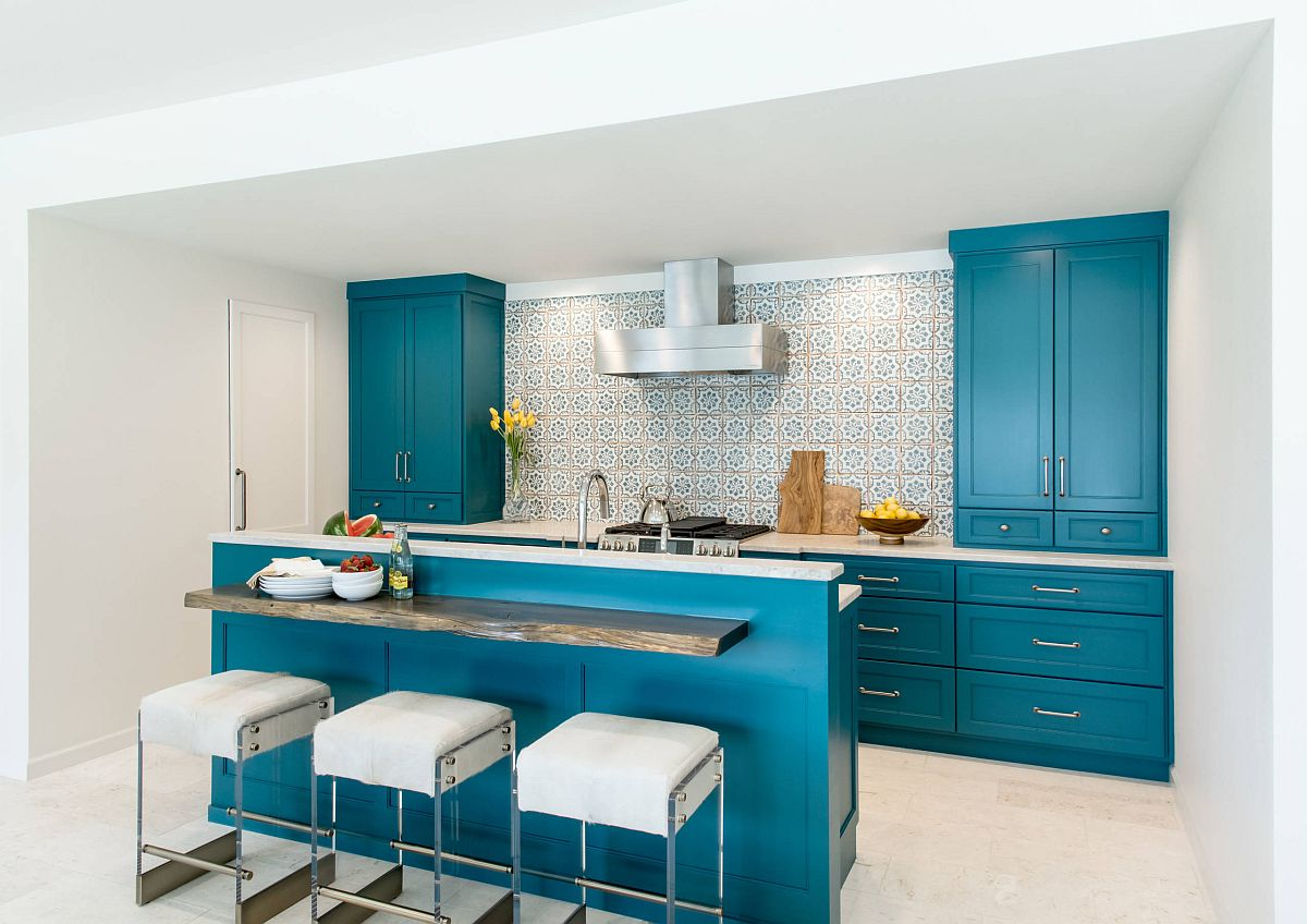 Dekorasi dapur dengan warna turquoise