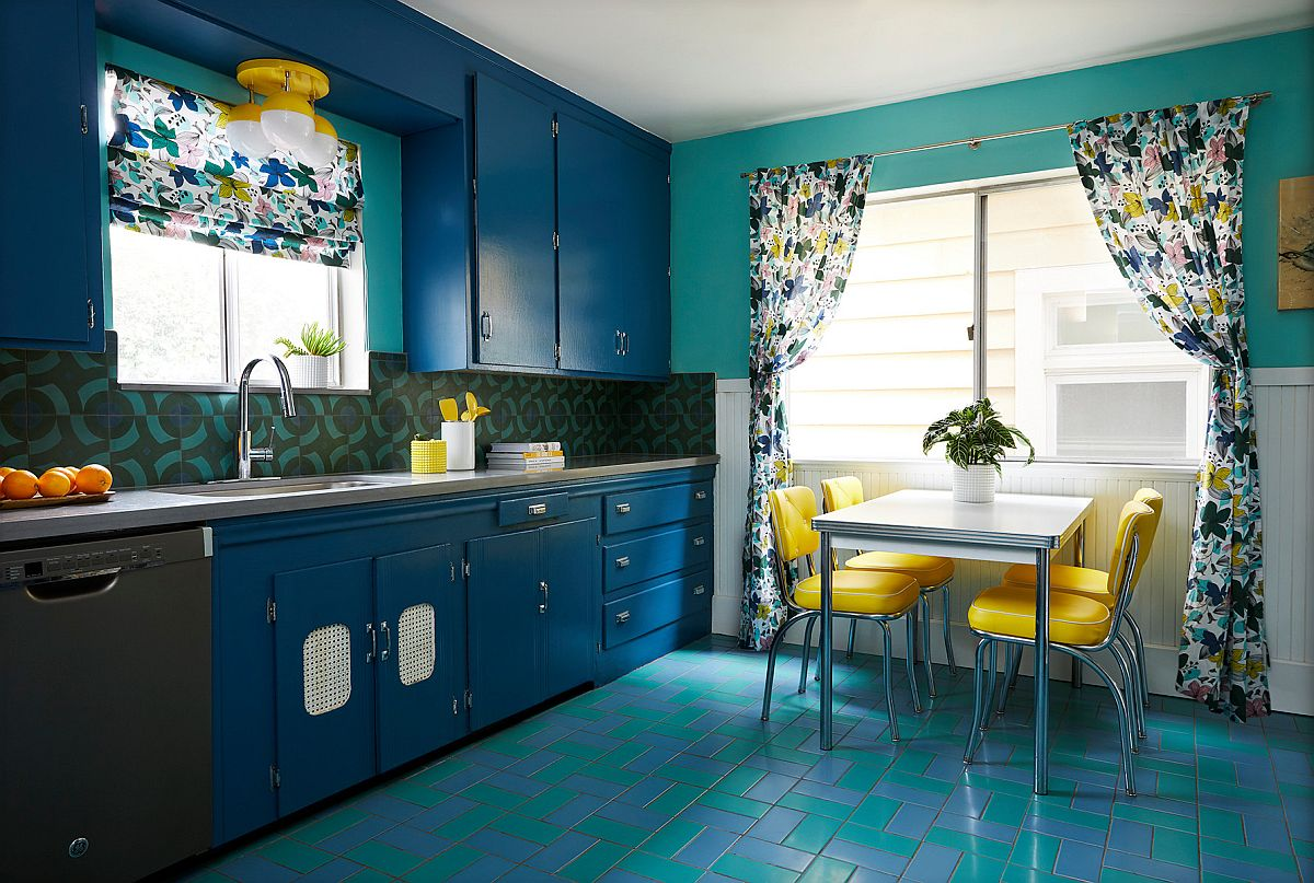 Brilliant pops of yellow enliven the already colorful kitchen in blue