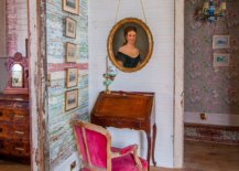 Bringing-classic-Victorian-and-farmhouse-touches-to-the-tiny-eclectic-home-workspace-with-a-dash-of-pink-17944-217x155