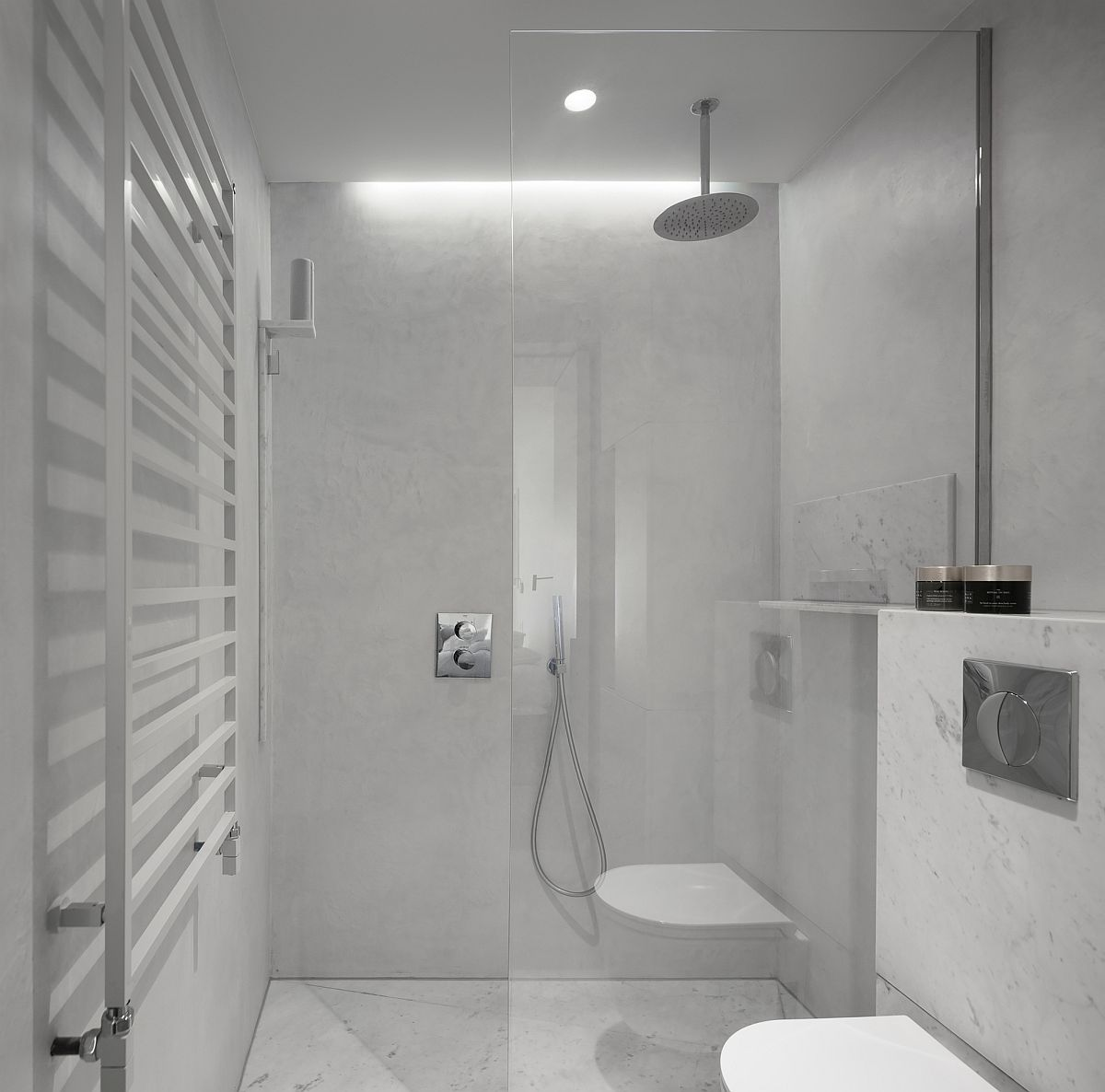 Carrara-marble-and-concrete-create-a-snazzy-modern-minimal-bathroom-79271