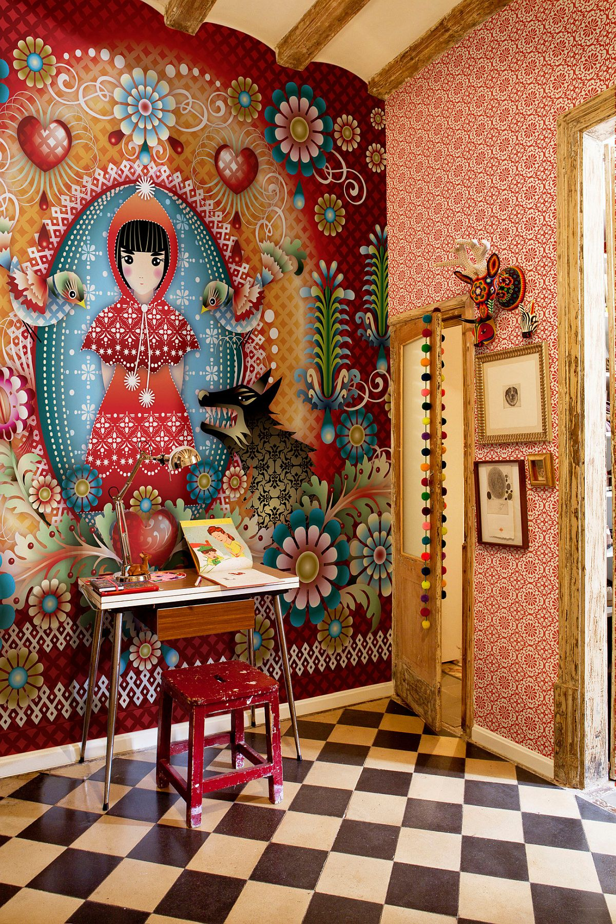 Classic Russian design influences and art make a big impact in this small Barcelona home workspace
