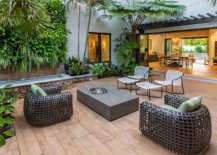Courtyard-of-the-house-feels-like-an-organic-extension-of-the-great-room-and-also-leads-to-the-outdoor-kitchen-30766-217x155
