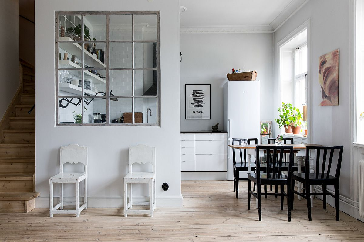 Eat-in kitchens in black and white are a popular choice in New York homes and bring back images of a nostalgic past!
