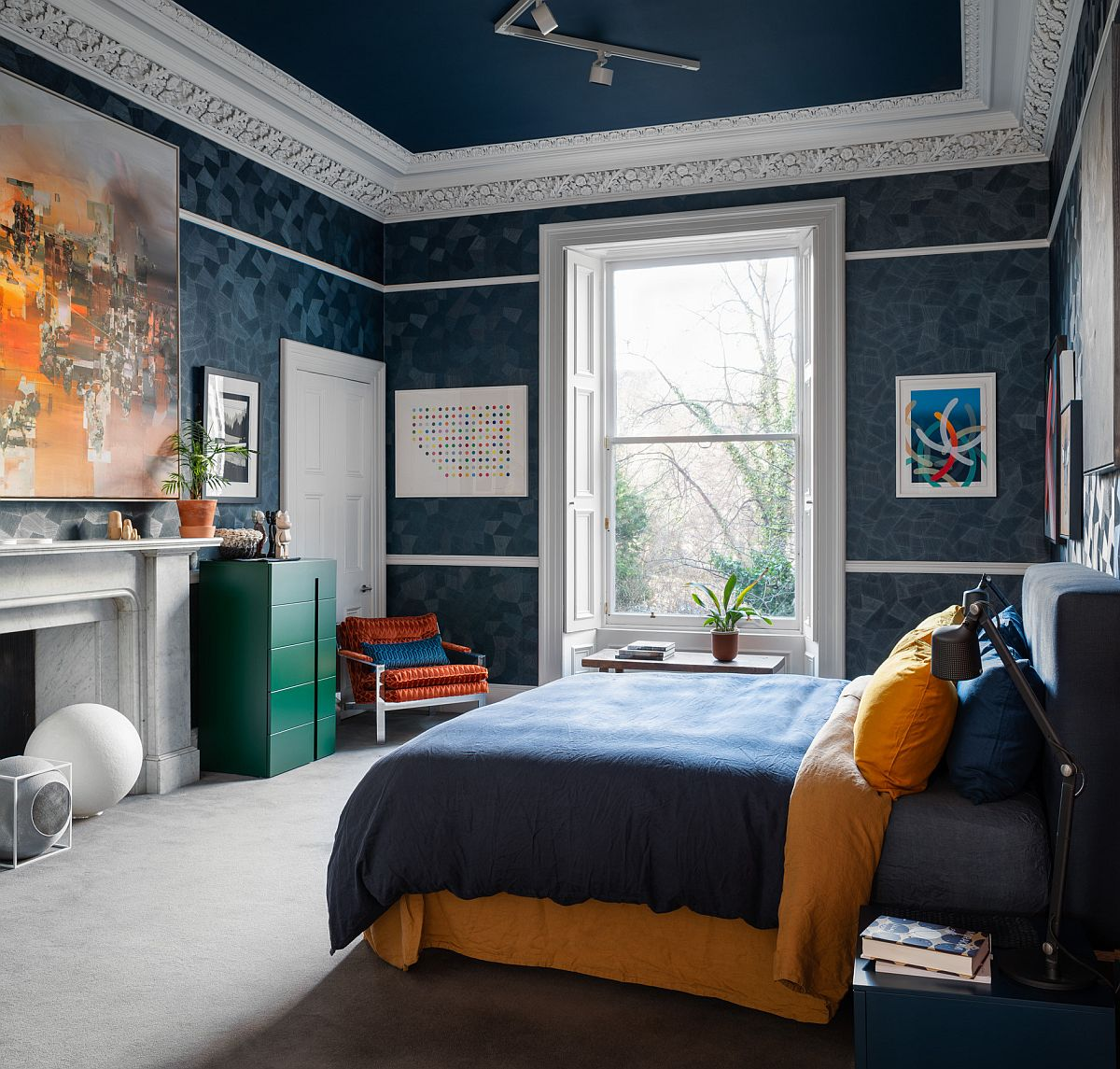 Finding a blend of color and pattern that is perfect for the teen boys' bedroom