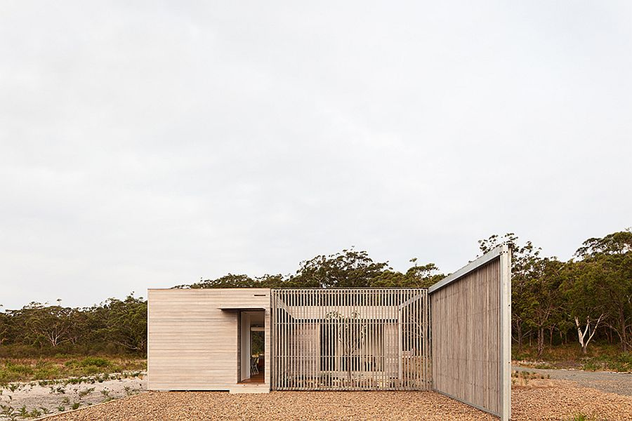 Flexible-and-adaptable-design-of-modern-prefab-that-creates-multiple-spatial-possibilities-91759