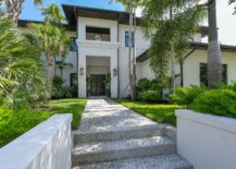 French-West-Indies-style-is-combined-with-tropical-goodness-of-Florida-to-create-a-luxurious-modern-home-75286-217x155