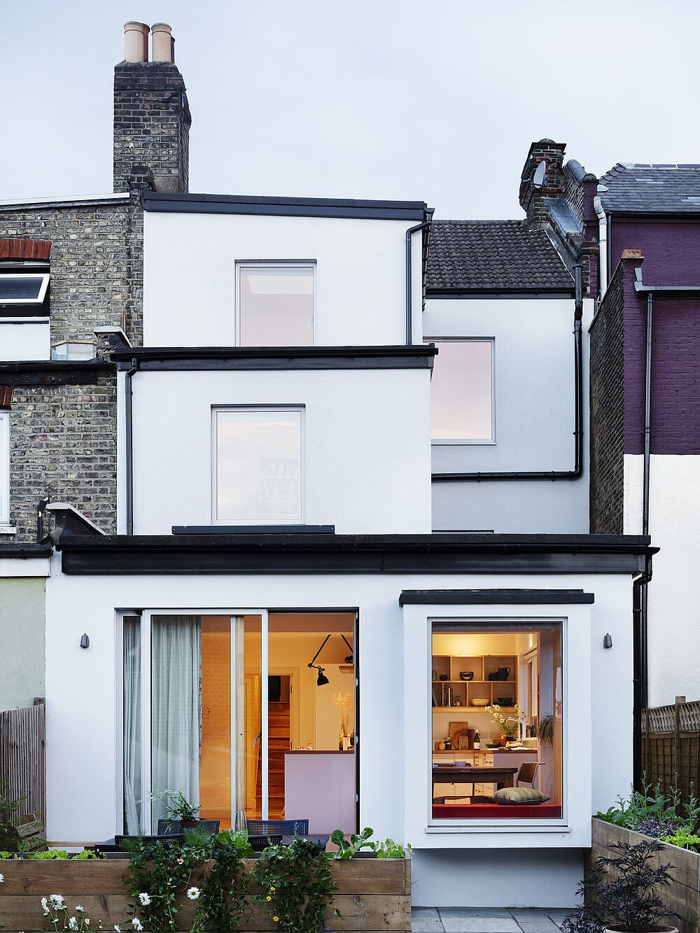 Gorgeous new extension and renovation of London home sees modern minimal aesthetics take over