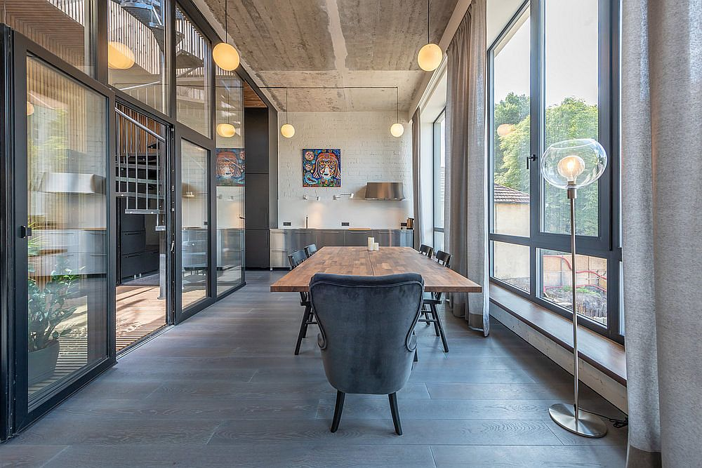 Imaginative-design-of-the-converted-warehouse-uses-multiple-finishes-and-combines-modernity-with-industrial-charm-17384