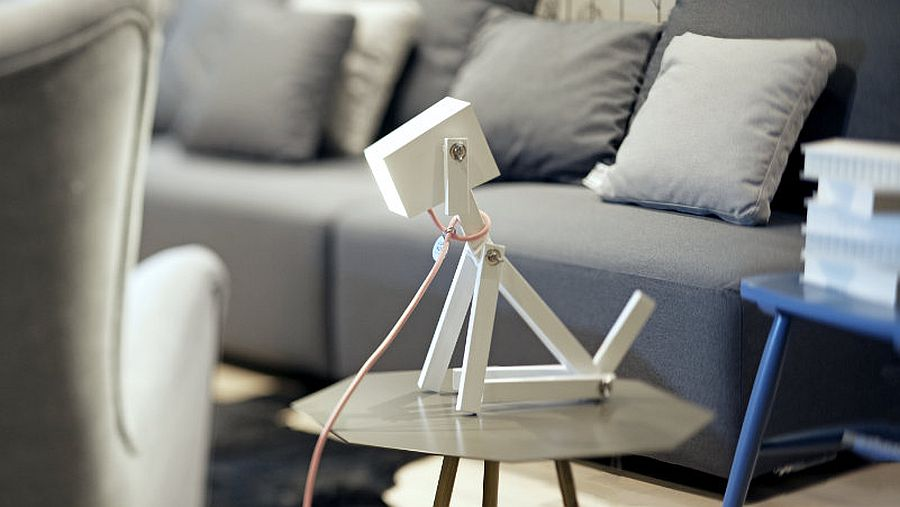 Leash and finish of the dog-shaped lamp can be customized to meet your specific taste