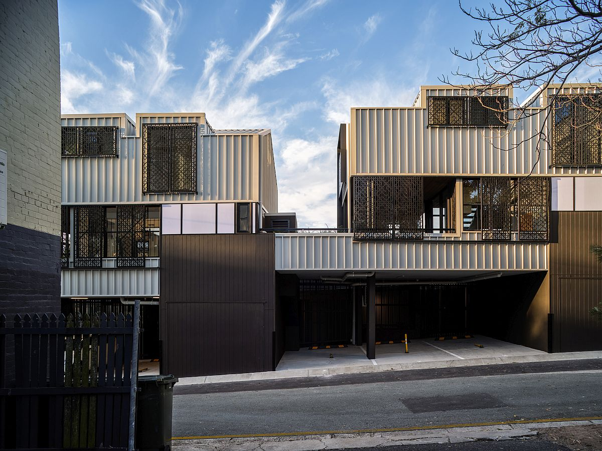 Metallic-exterior-of-the-trio-of-houses-allows-it-to-blend-into-the-edgy-streetscape-46168