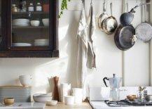 Modern-New-York-City-apartment-kitchen-with-a-distinct-farmhouse-style-99002-217x155
