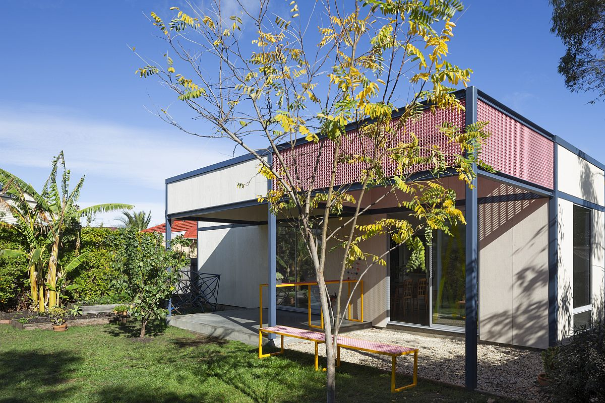 New-and-revamped-backyard-of-the-Aussie-home-with-modern-style-and-light-filled-interior-55521