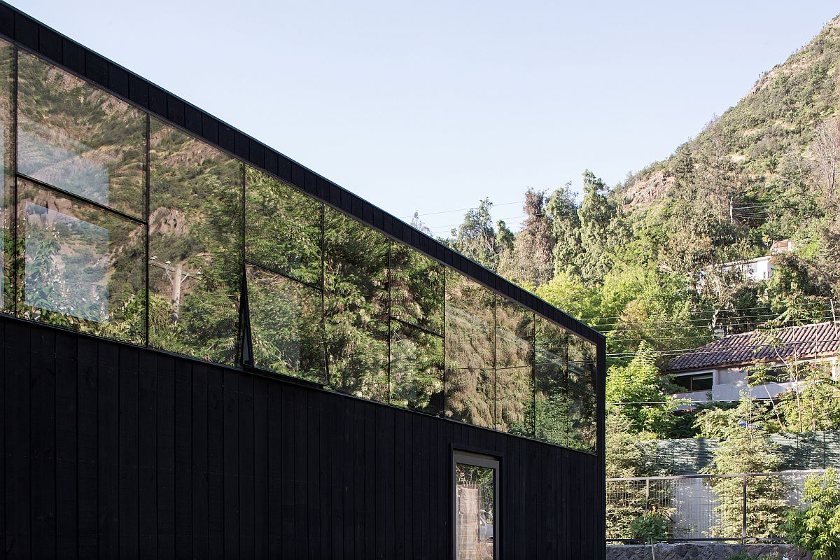 Series-of-clerestory-windows-reflext-the-rugged-Andes-landscape-when-viewed-from-outside-38878