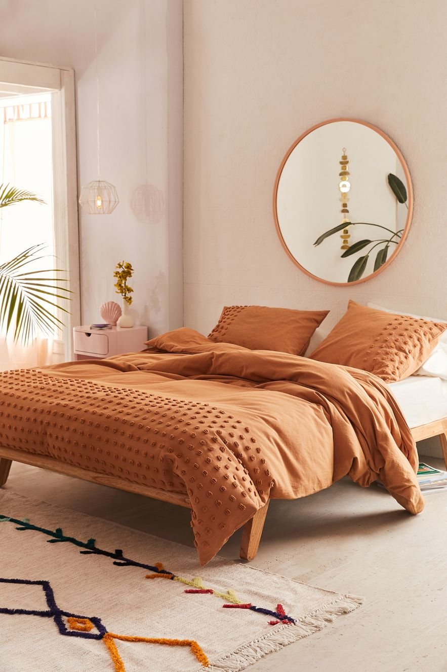 Textured duvet cover in a warm tone