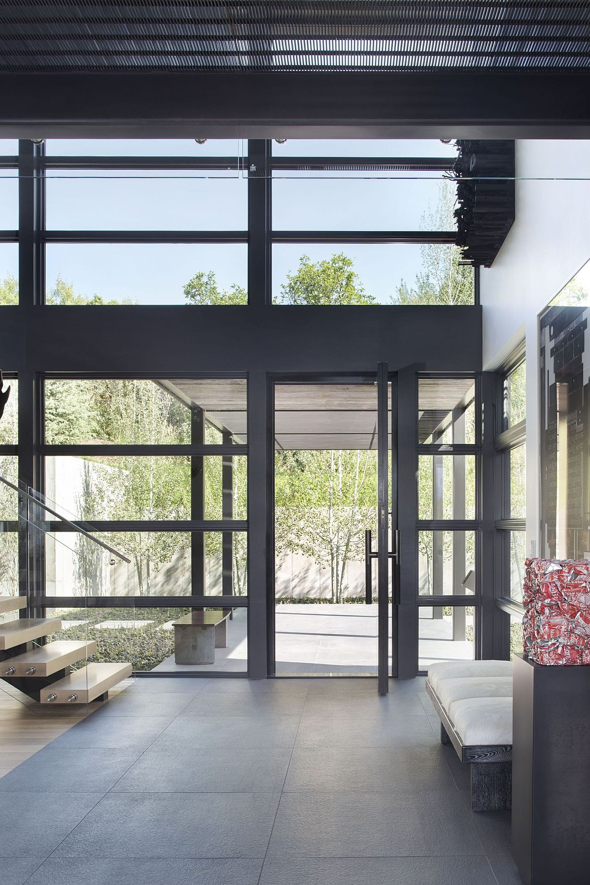 Uncomplicated-frame-of-the-houe-coupled-with-glass-and-concrete-makes-it-a-modern-delight-73843