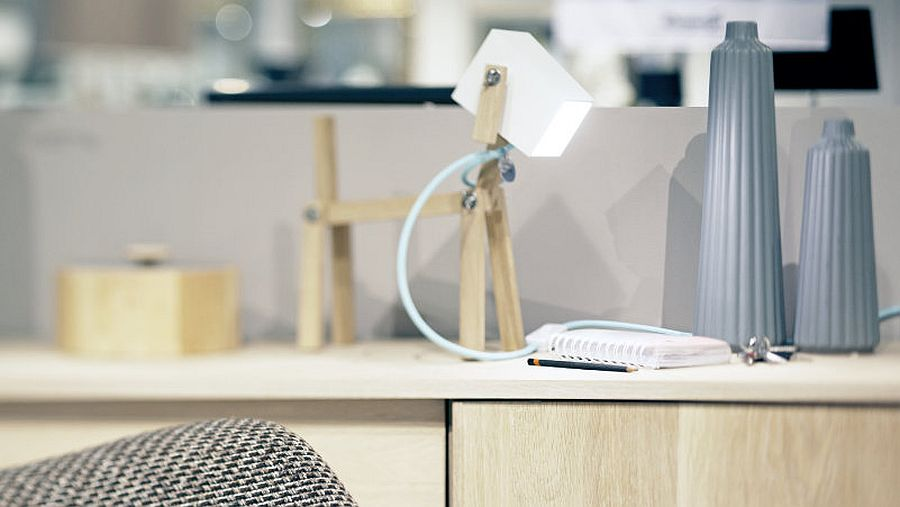 Wooden table lamp with LED lighting that feels chic and snazzy