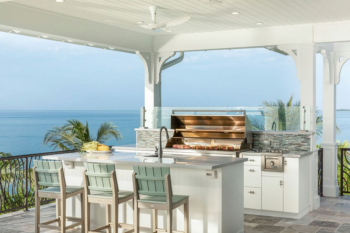 Beach-style-outdoor-kitchen-with-a-view-of-the-ocean-in-the-distance-23658