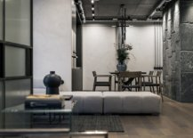 Beautiful-Artists-apartment-in-Kyiv-combines-multiples-textures-with-contemporary-style-41700-217x155