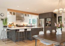 Cleaning-kitchen-prep-stations-and-countertops-regularly-keeps-out-pests-90512-217x155