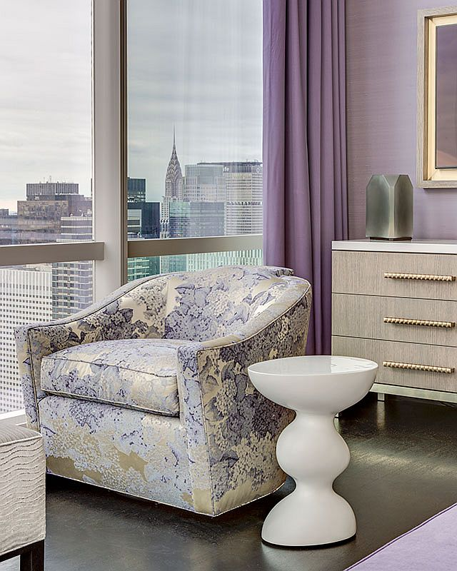 Curated-modern-decor-and-purple-accents-for-the-modern-New-York-apartment-80863