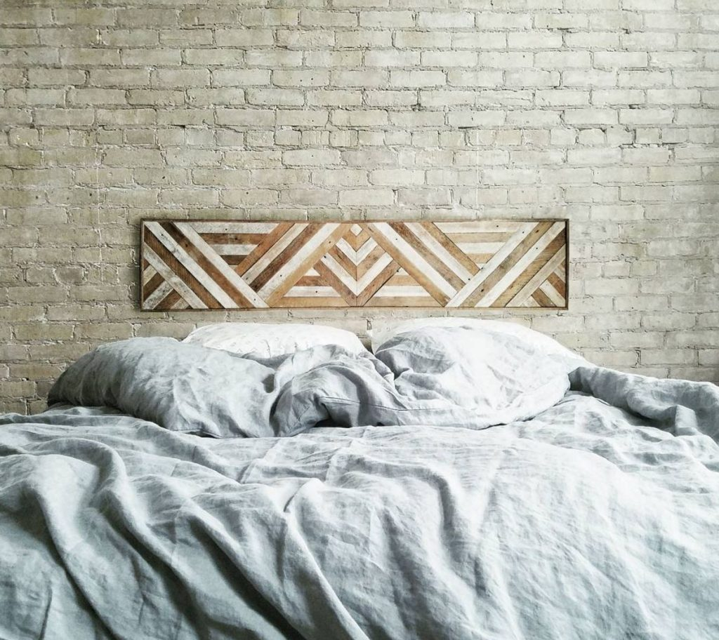 DIY-wood-strip-art-headboard-alternative-49064