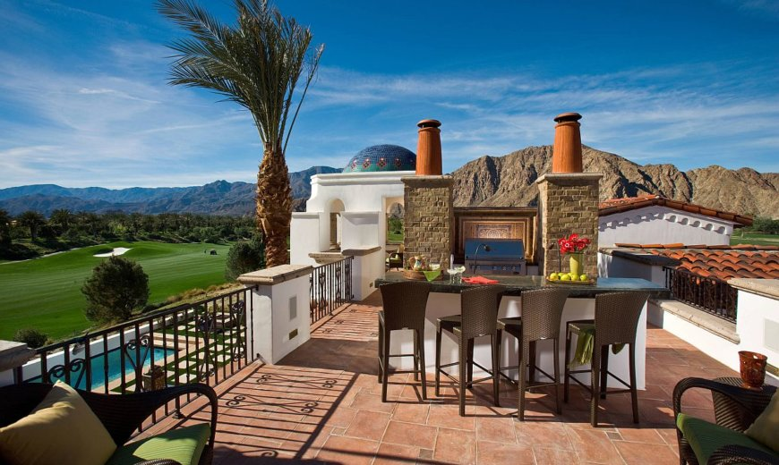 Rooftop Kitchens: Outdoor Dining Experience Served with Style!