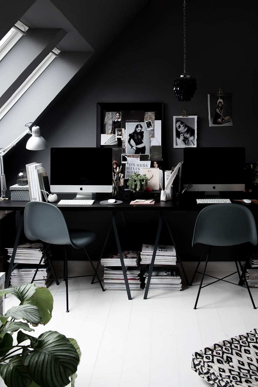 Exquisite-modern-Scandinavian-home-office-in-dark-gray-and-black-is-a-showstopper-97595