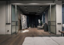 Folding-glass-doors-delineate-the-living-area-from-the-artistic-zone-16944-217x155