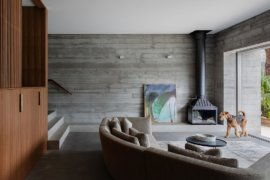 Amazing Views of Sydney's Pittwater: Modern Minimal Church Point House