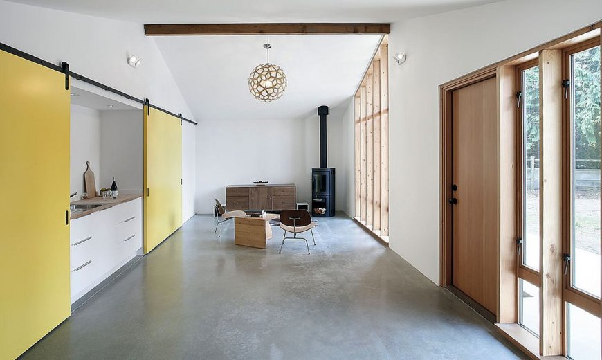 Adaptable Living: Old Horse Stable Turned into Studio Space and ADU