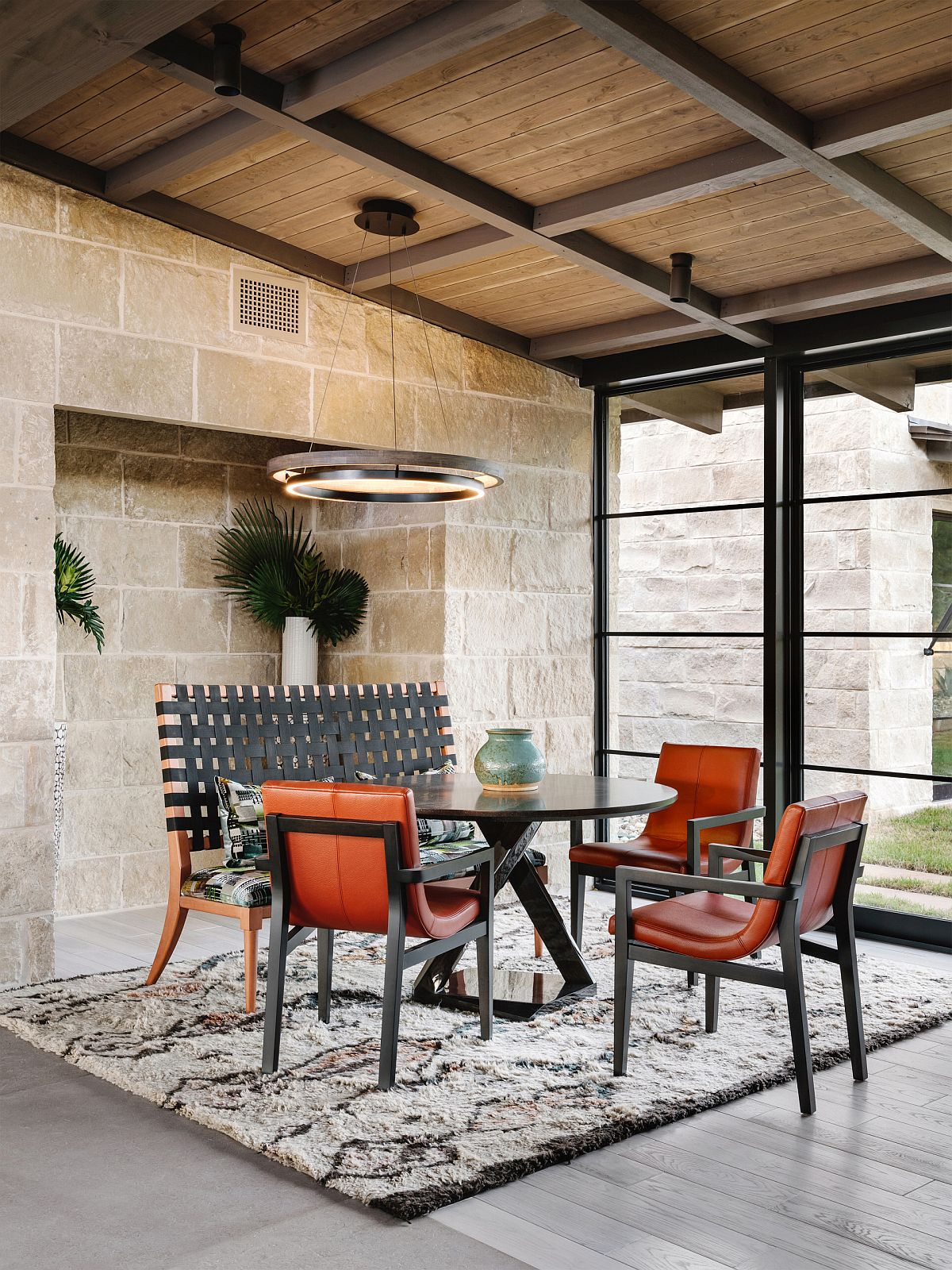 Orange-brings-charm-of-fall-to-this-mid-century-modern-dining-space-15541