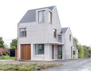 Compact Urban Design: Modern Classic Belgium House in White Brick