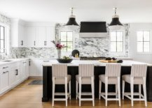 Take-a-minimal-approach-to-kitchen-design-and-decorating-38277-217x155