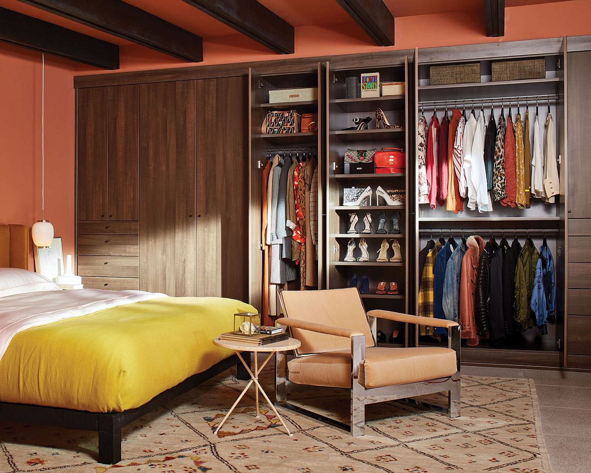 Turn to a smaller eclectic closet when you do not have a room to spare for the walk-in closet