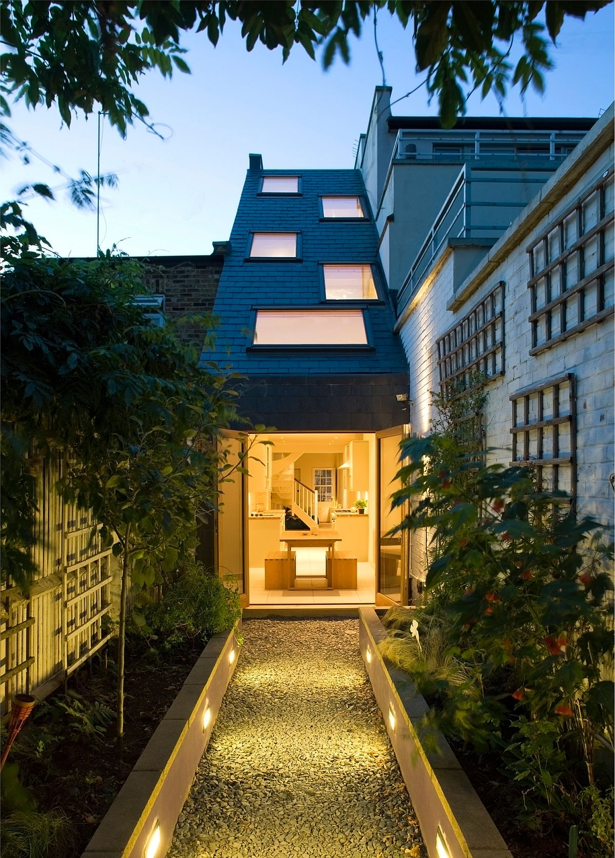Beautiful and innovative home in London is one of the slimmest on the planet!