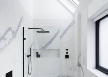 Bianco-venato-marble-brings-an-air-of-luxury-to-the-all-white-bathroom-44038-217x155
