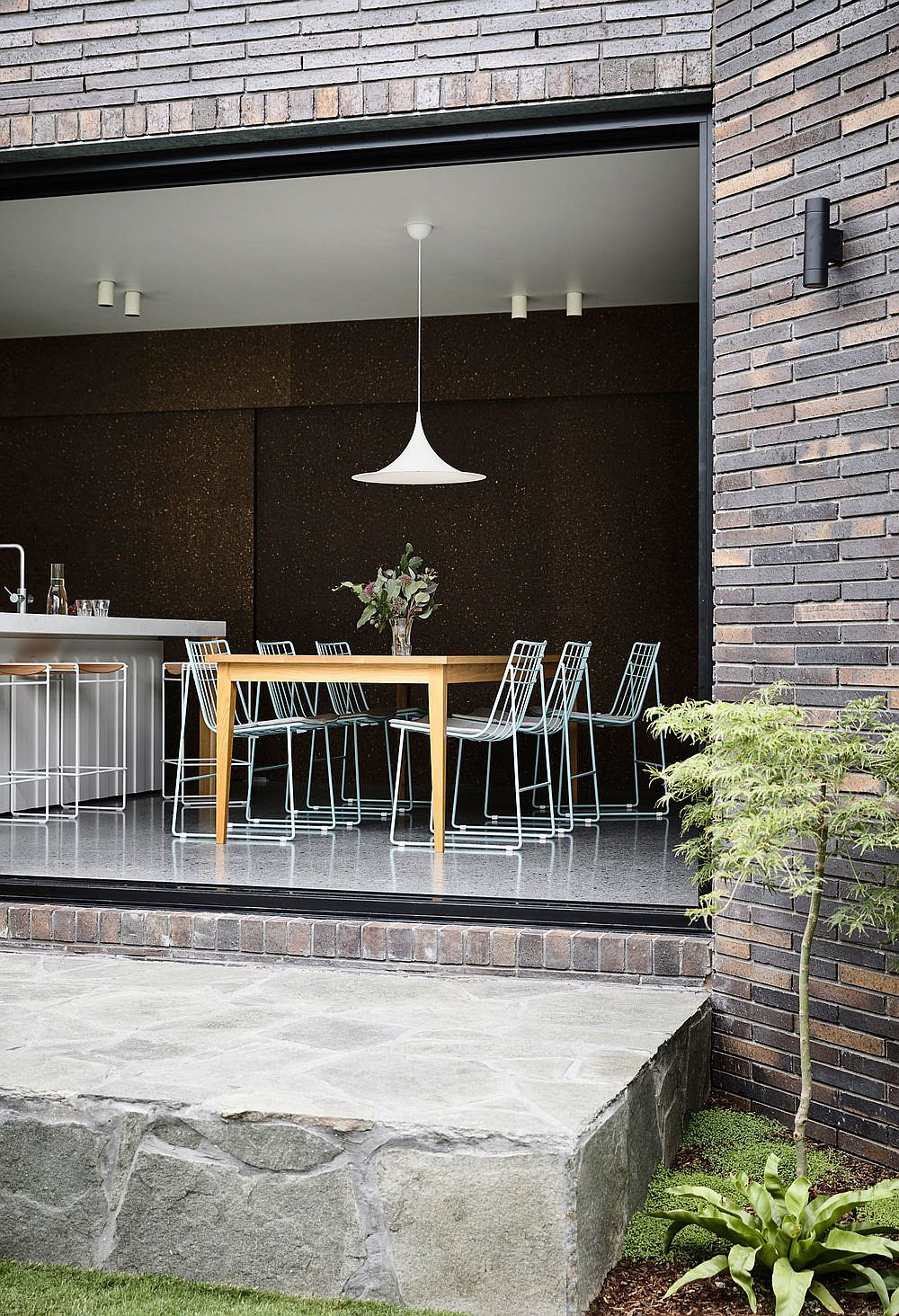 Brick-exterior-of-the-extension-allows-it-to-blend-in-with-the-original-home-22434