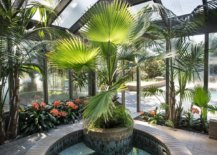 Brilliant-tropical-touches-turn-the-hot-tub-feature-into-an-absolute-showstopper-49685-217x155
