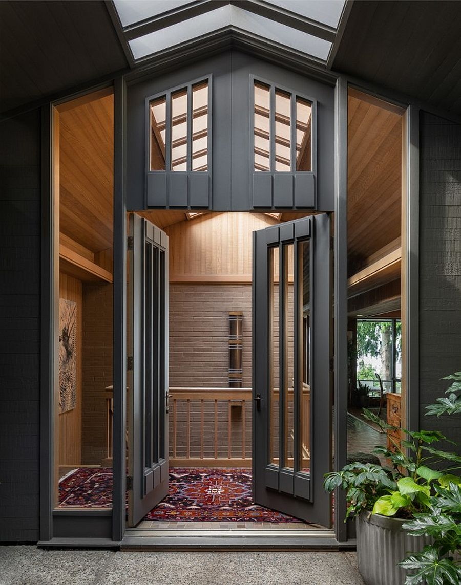 Carefully-renovated-West-Seattle-home-combines-different-tasteful-influences-to-create-a-unique-home-52176