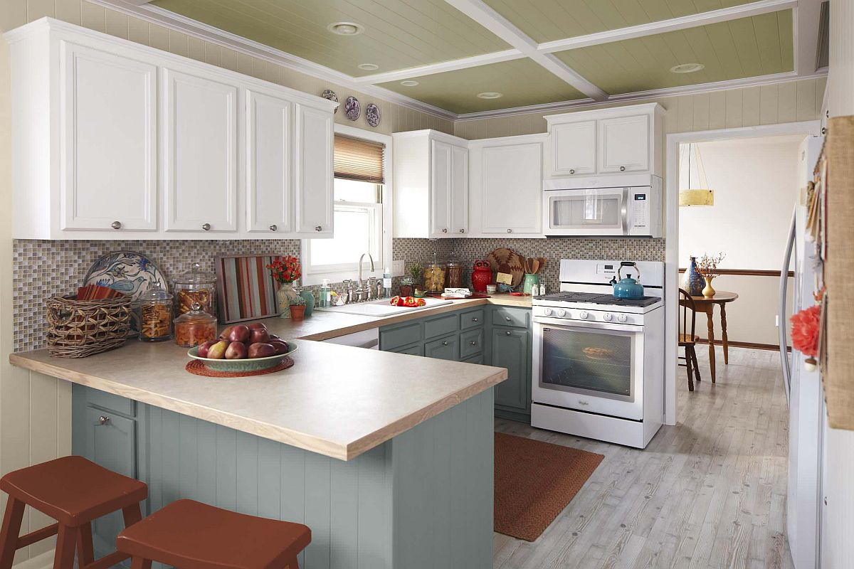 Colors, smart organizational ideas and a mixture of varied storage ideas transform this kitchen