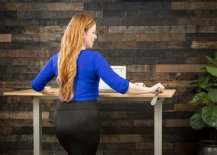 Find-a-sit-stand-desk-with-a-mechanism-that-work-best-for-you-78790-217x155