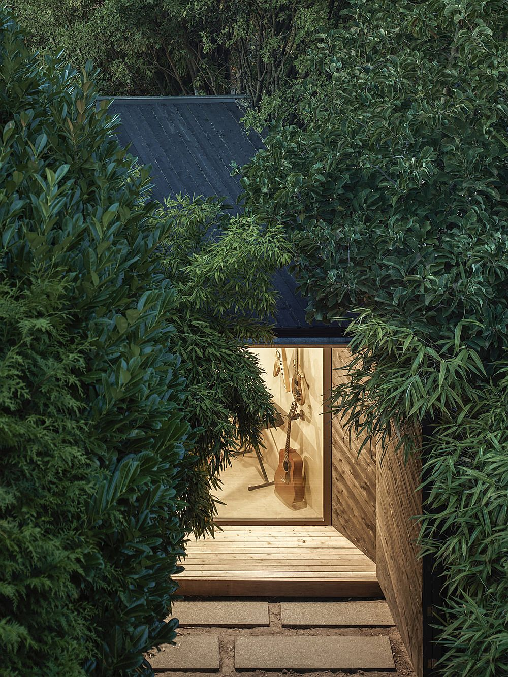 Garden-and-greenery-around-the-backyard-shed-offer-natural-cover-to-it-31966