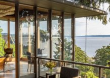 Glass-walls-on-the-upper-level-completely-open-up-the-interior-to-the-scenic-landscape-outside-77015-217x155