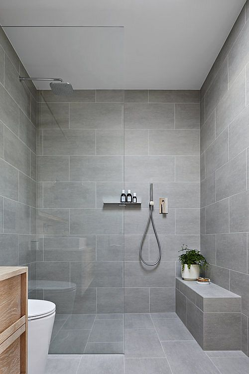 Gray stone brings contemporary style to the bathroom