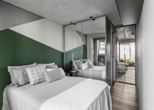 Gray-white-and-dark-green-blocks-bring-colorful-geo-style-to-the-small-bedroom-63597-217x155