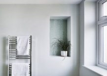 Little-accent-fetaure-for-the-white-modern-bathroom-with-penny-tiles-and-an-indoor-plant-66964-217x155