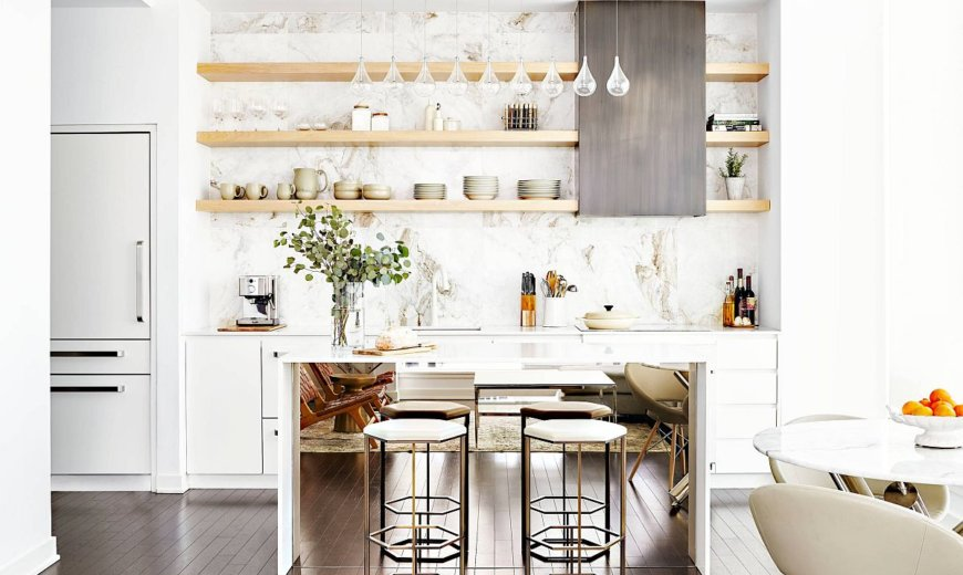 Reflecting Brilliance: 10 Mirrored Islands Perfect for the Stylish Modern Kitchen