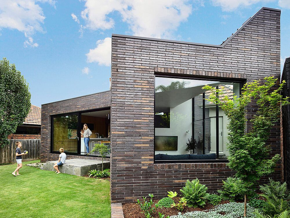Modern brick and glass extension of the 1940's art deco home in Ascot Vale